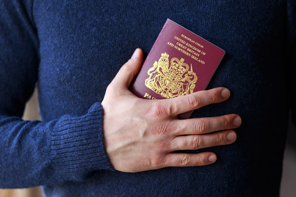 How to get permanent residence in the UK for innovators. permanent residence in the UK for the whole family through a UK visa for entrepreneurs