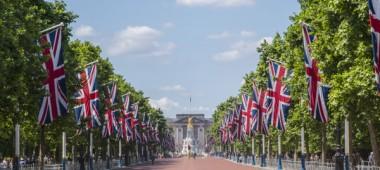 Как оформляется постоянный вид на жительство и гражданство Великобритании?