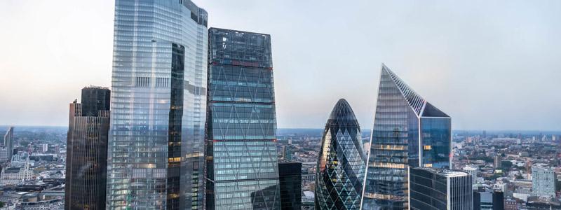 как начинающему бизнесмену иммигрировать в Великобританию
